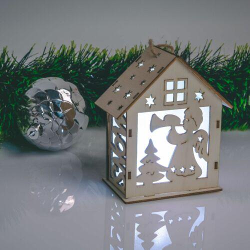Karácsonyi LED dekor házikó - hidegfehér - fa - 6 féle